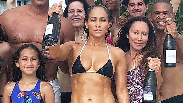 e0c6acc6319 Jennifer Lopez Flaunts Abs On 49th Bday & 11 More Times She Showed Off Her  Rock-Hard Stomach