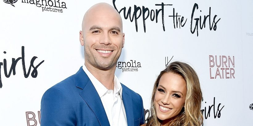Jana Kramer: I Was Called a 'Pregnant Call Girl' for Wanting Sex With My  Husband
