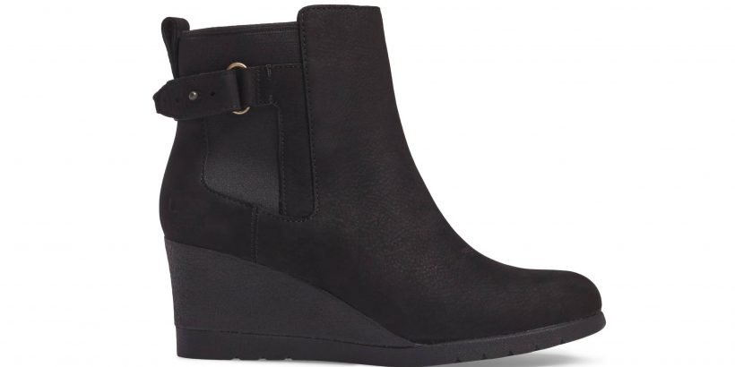f289f338b20 Keep Your Feet Stylishly Dry With These Waterproof Ugg Wedge Boots ...