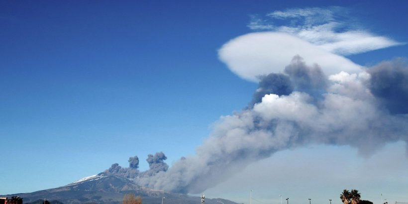 What Type Of Volcano Is Mount Etna When Was The Last Eruption And